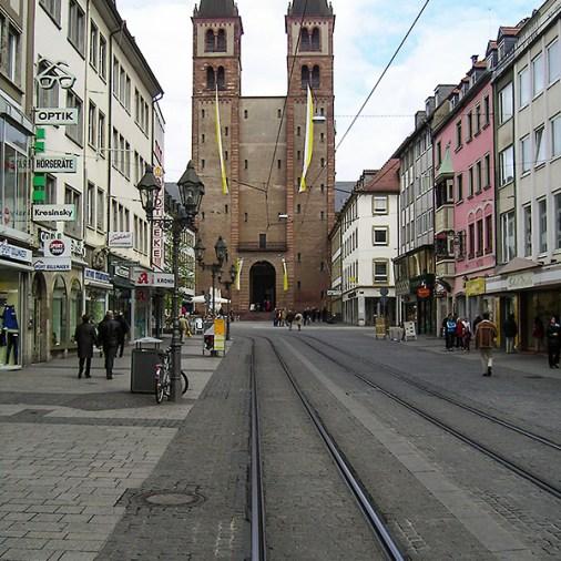 Der Dom vor der Renovierung. Aufnahme aus dem April 2005.