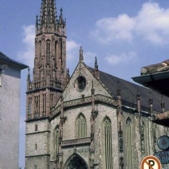 """Marienkapelle (noch gänzlich unrenoviert und weit vom heutigen """"gepflegten"""" Zustand entfernt) im Jahr 1967. Bild: Mit freundlicher Genehmigung von schererfotografie via www.panoramio.com."""