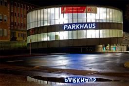 Parkhaus am Quellenbach.