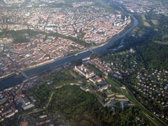 Altstadt, Sanderau und Festung Marienberg