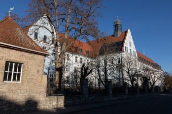 Das Landratsamt Würzburg in der Zeppelinstraße.