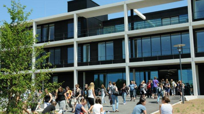 Uni Campus Würzburg am Hubland (Foto: Universität Würzburg)
