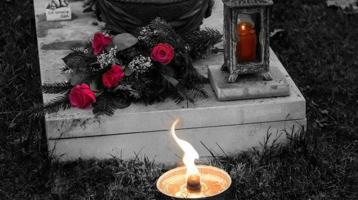 Allerheiligen am Waldfriedhof in Würzburg (Symbolbild: wuerzburg24.com)