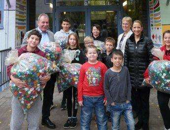 Friedensreich-Hundertwasser-Schule Würzburg setzt sich für ein Leben ohne Kinderlähmung ein