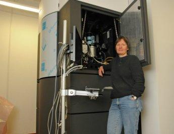 Neues Super-Mikroskop an der Uni Würzburg