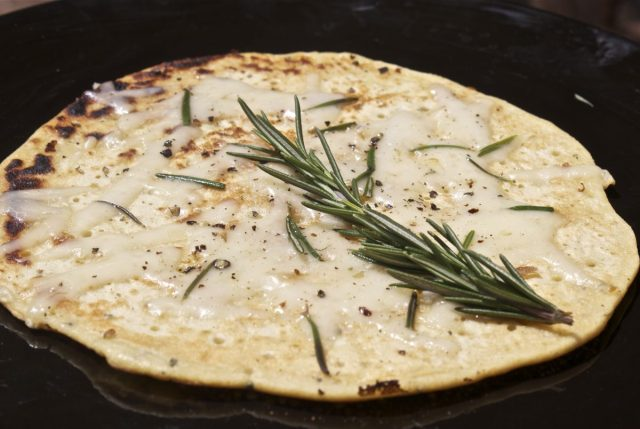 Easiest , quickest, gluten free pizza base, gluten free recipes uk, gluten free, quick, simple, socca, garlic, rosemary, pizza, comte, cheese, flatbread, chickpea flour, bristol,
