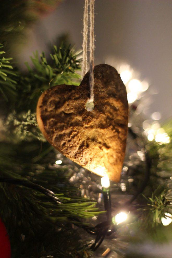glutenfree cookies christmas black treacle cinammon