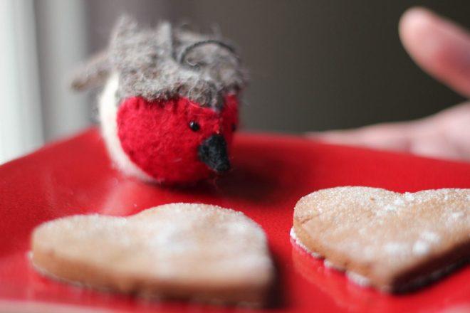 glutenfree, cookie, christmas, black treacle, cinammon