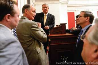 Congressmen discussing a topic