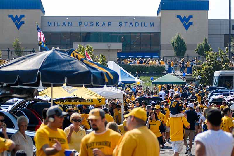 A Travel Guide for Football Game Weekends in Morgantown