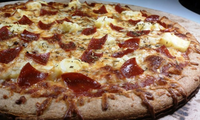 Pepperoni & Pineapple Pizza