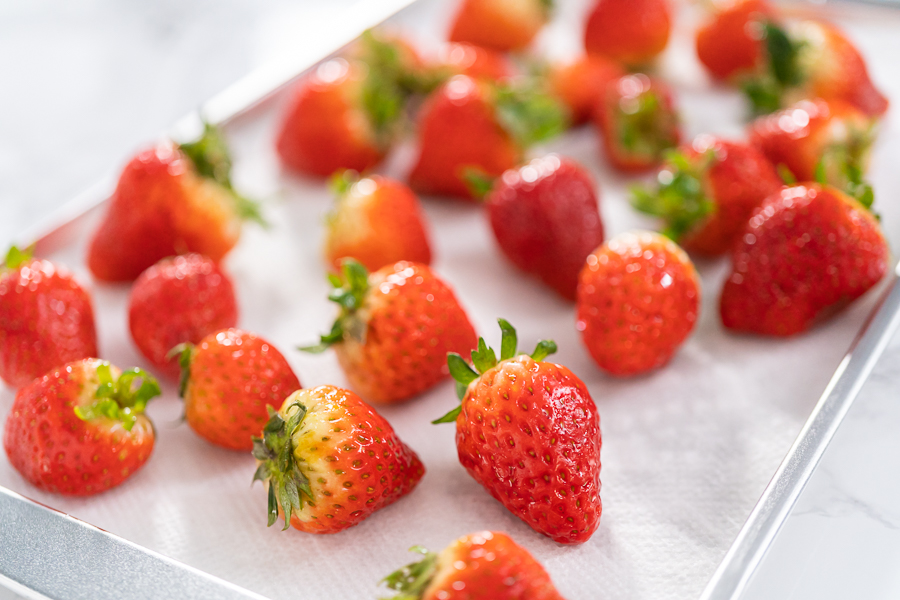 How to keep strawberries fresh with vinegar