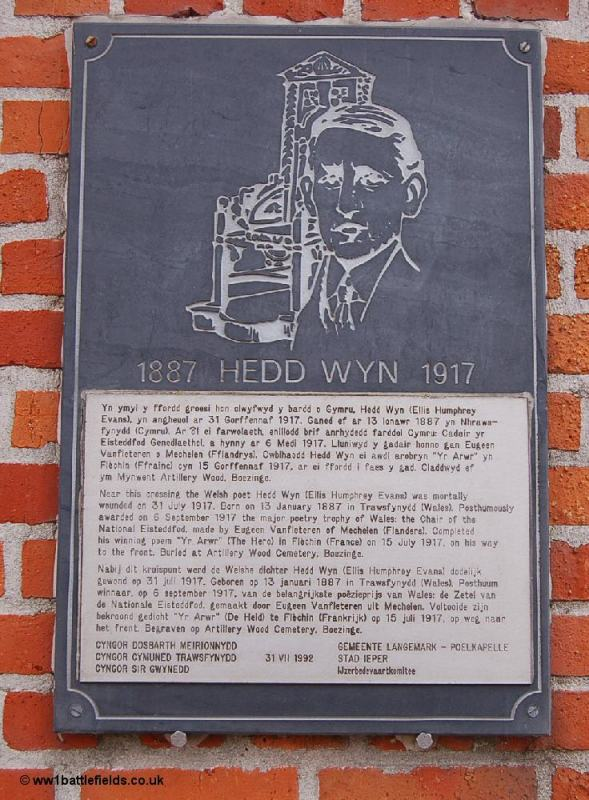 Memorial plaque to 'Hedd Wyn'