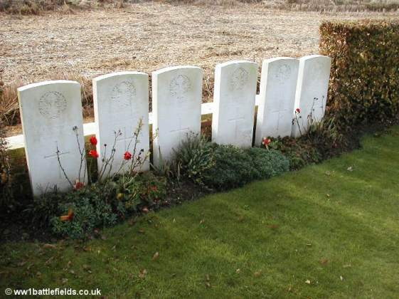 Officers graves at Gordon Cemetery