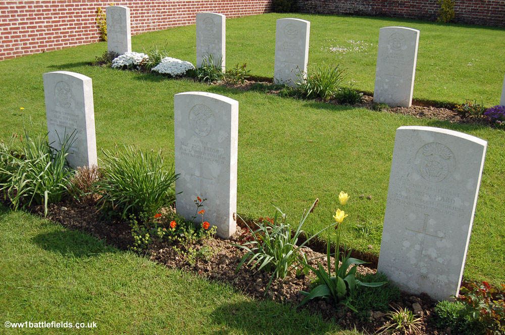 RWF Officers graves in Point 110 New Military Cemetery