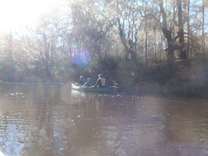 4288x3216 Canoe side, in Alapaha River at Statenville, January 2014 WWALS Outing, by Gretchen Quarterman, 18 January 2014