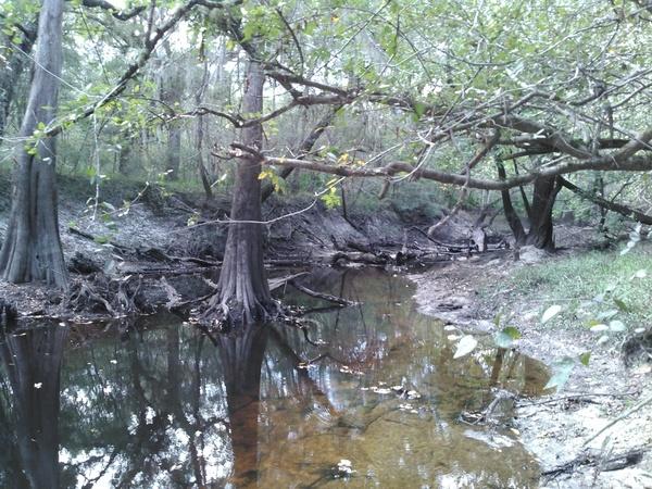 KIMG7421 Upstream: bring a rope