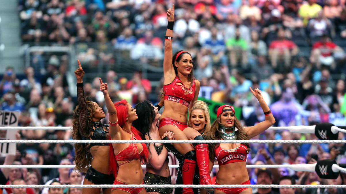 Lana accomplished the one thing no one thought was possible: She got all of the Total Divas to see eye-to-eye.