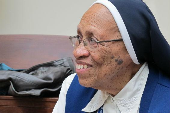 AP Aging Nuns-Eldercare_202879