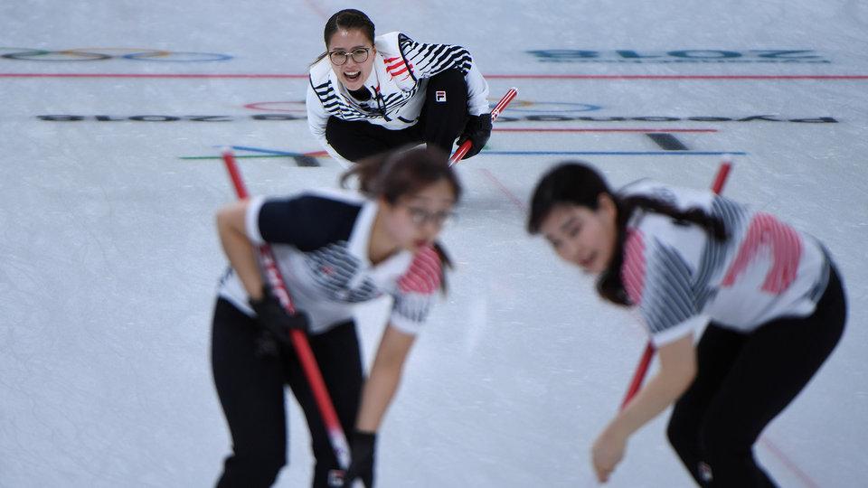 sout_korea_womens_curling_806117