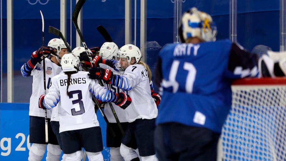 united_states_celebrate_vs-_finland_797782