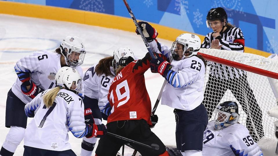 us_canada_womens_hockey_805457