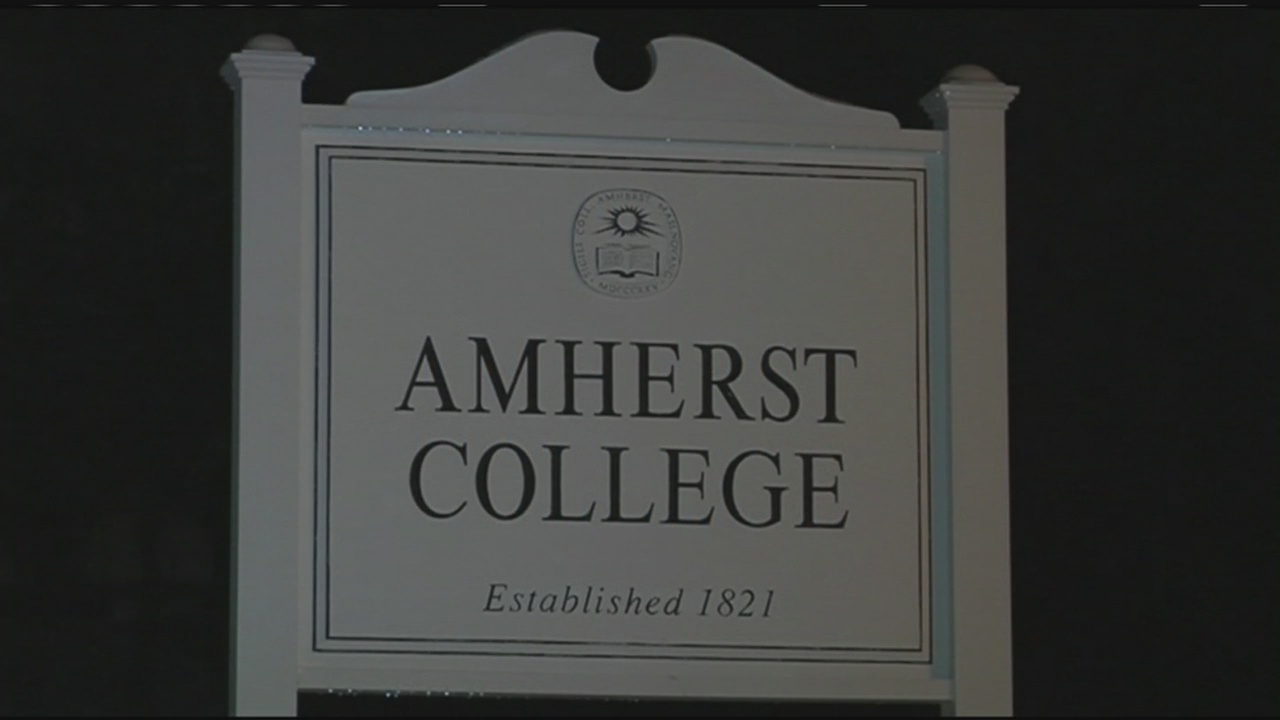 amherst-college-sign_514964