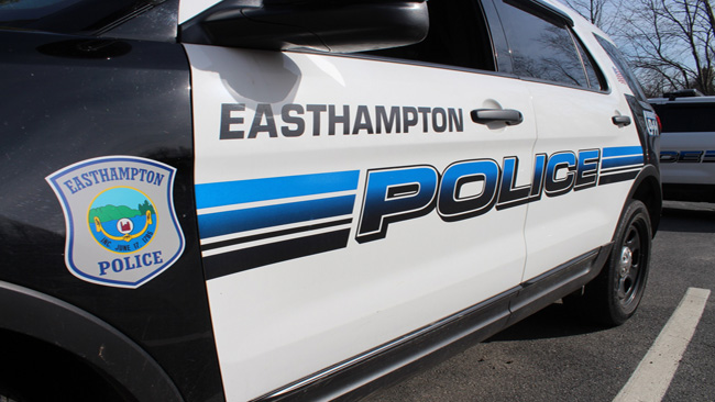 Easthampton_Police_Vehicle_1525435729239.jpg