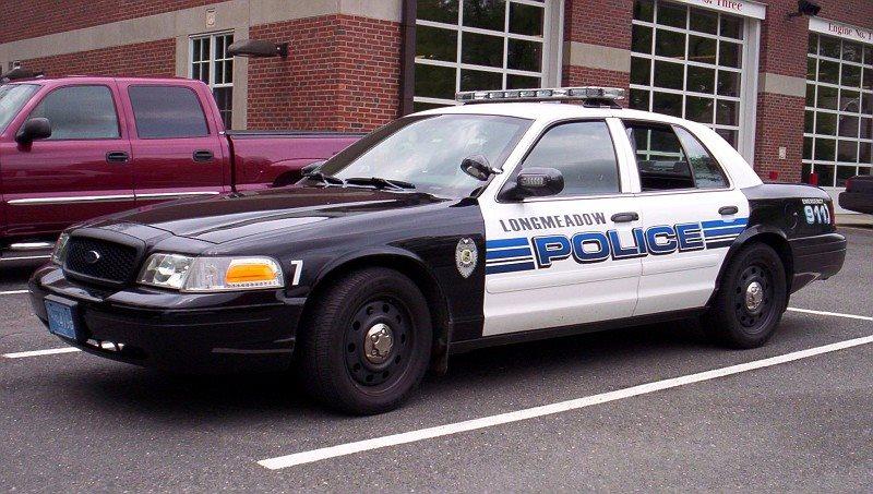 Longmeadow_Police_Vehicle_1558747268762.jpg