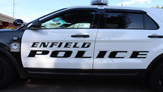 Enfield_Police_Vehicle_1525200234092.jpg