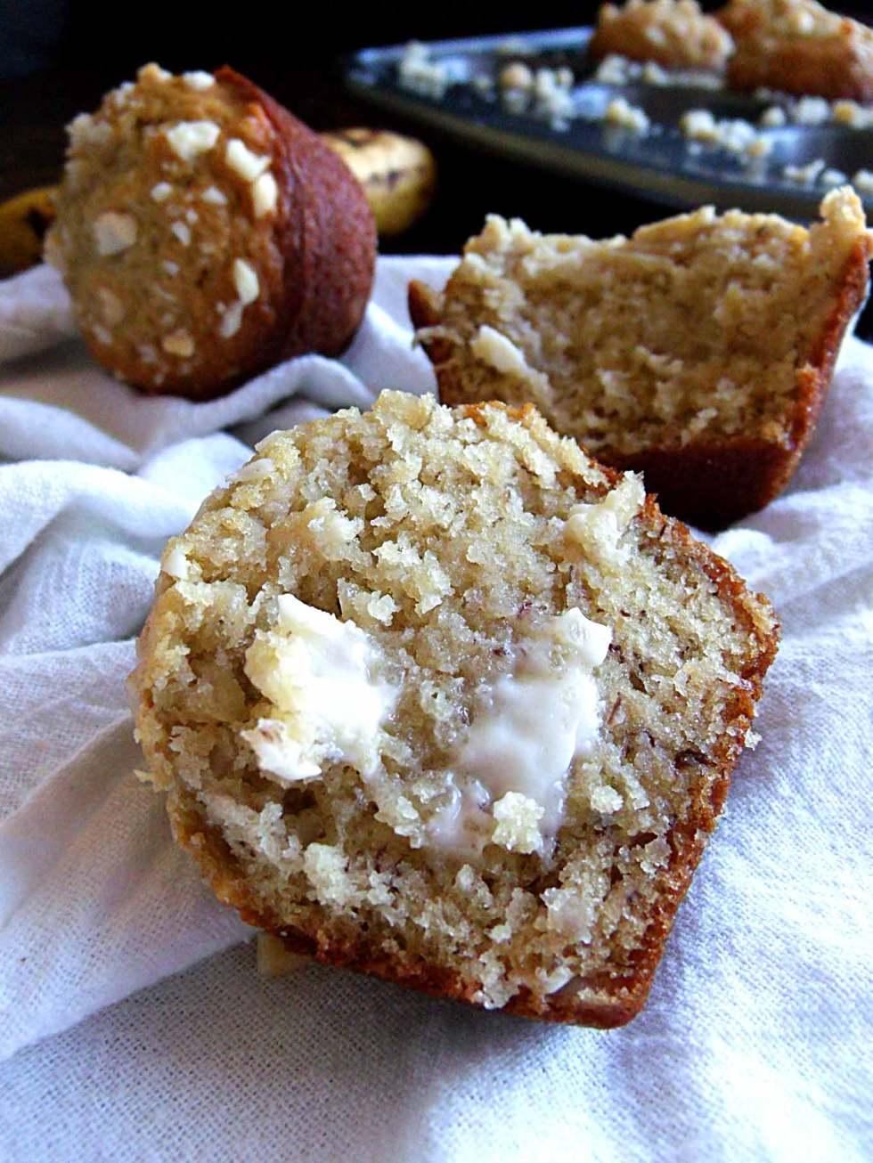 Banana Macadamia Nut Muffins - inspired by the muffins at Huggo's in Kona, Hawaii!