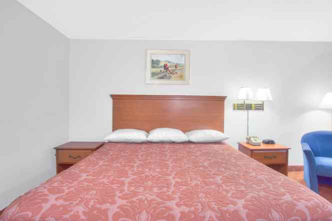 Guest Room At The Super 8 Charlottesville In Virginia
