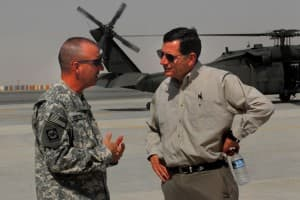 Sen. John Barrasso meets with a member of the Wyoming National Guard