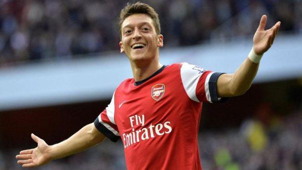 Arsenal Siap Penuhi Tuntutan Ozil Dengan Menaikkan Gajinya