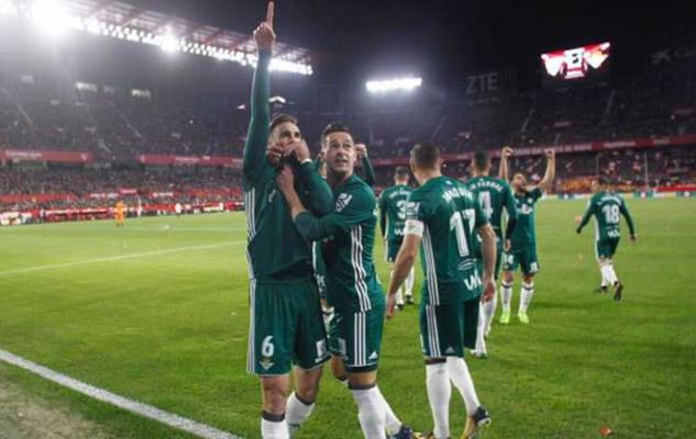 Sevilla Akan Laporkan Manchester United ke UEFA