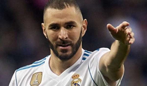 Karim Benzema Geram Setelah Ditarik Keluar Saat Lawan Valencia