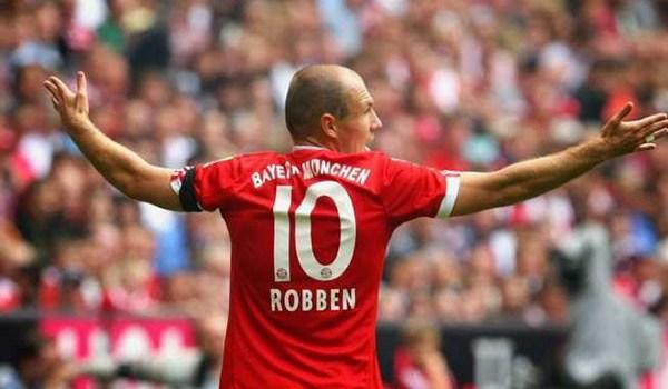 Bayern Munchen Dikabarkan Akan Istirahatkan Arjen Robben