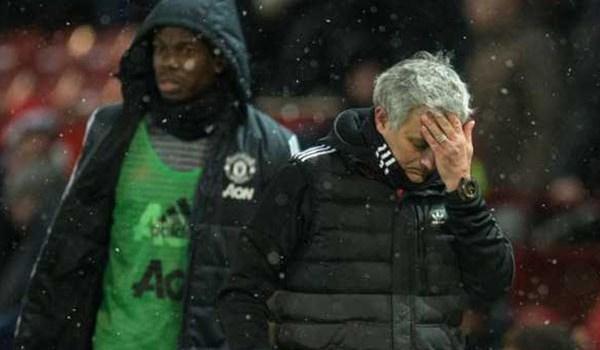 Manchester United Akan Jual Pemain Untuk Dapatkan Dana Transfer