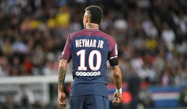 Neymar Tak Mau Memikirkan Rekan Satu Tim di PSG Ungkap Dugarry