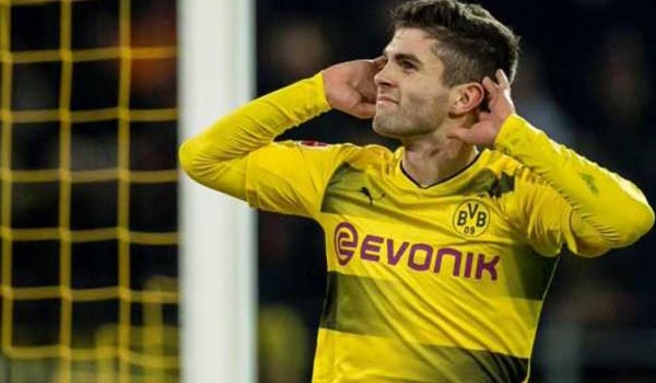Christian Pulisic Didekati Jurgen Klopp Begini Respons Dortmund