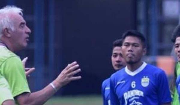 Persib Bandung Latih Penyelesaian Akhir Lawan Bhayangkara FC