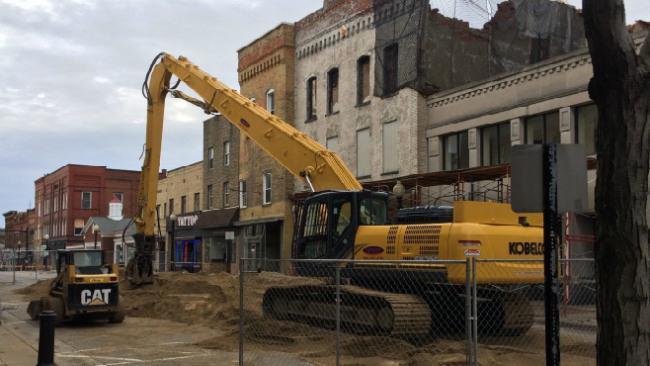 Tanfastic demolition in Salem_36553