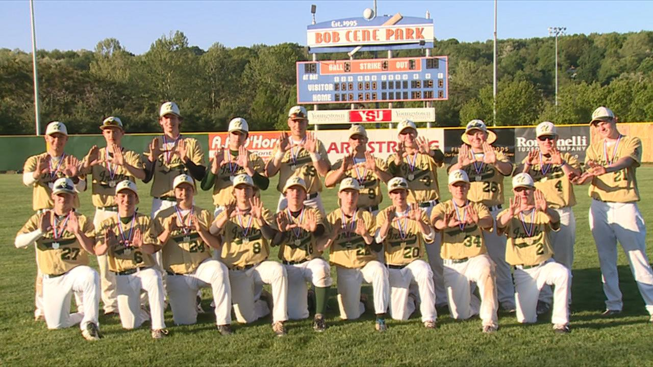 ursuline-baseball-district-champions_41417