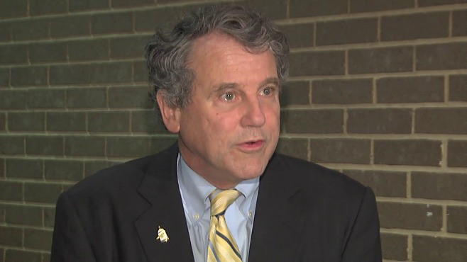 Sen. Sherrod Brown says Syrian refugees shouldn't be feared_59558