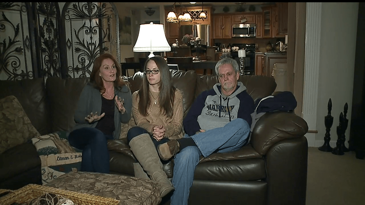 Sharon mom's battle with cancer continues with family and friends_66943