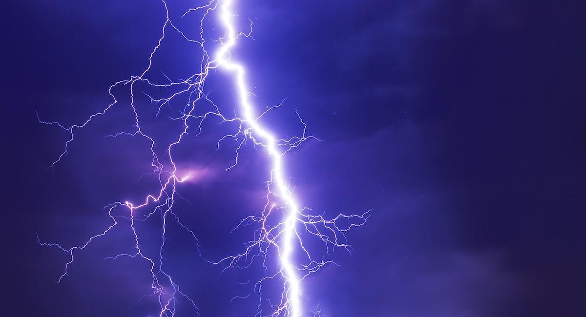 Lightning bolt generic