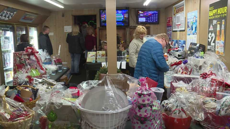 Lordstown Presents for Paws fundraiser