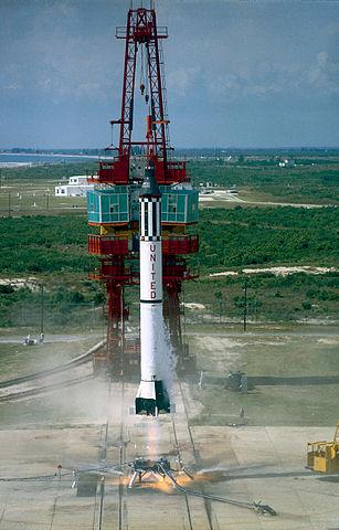 307px-Mercury-Redstone_3_Launch_MSFC-6100884