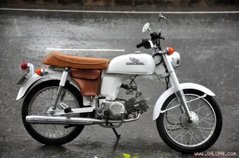 Honda Benly 50. Ảnh: Flickr.