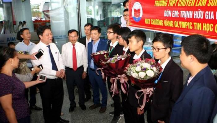 Thứ trưởng Bộ GD-ĐT Nguyễn Hữu Độ chia sẻ về những ấn tượng của học sinh Việt Nam tại kỳ Olympic khu vực và quốc tế năm nay.
